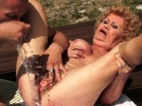 Hot milf doggystyle with cumshot
