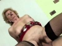 Horny man licks lusty grannys hairy pussy befo