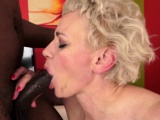 Amateur granny gets hairy pussy fucked by bbc