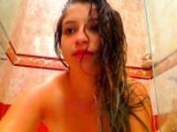 2 webcam chicks in the shower
