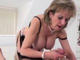 Unfaithful british mature lady sonia displays her hea27ZTU