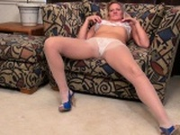 American milf Mary Wana dildos her fuckable pussy