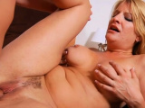 Mouthwatering mature chick Robbye Bentley getting penetrated