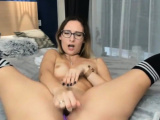 Nerdy Chick Toys Her Cunt