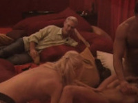 Steamy moment with swinger couple