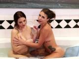 Horny milf Mindi gets wet pussy licked by teen Carmen
