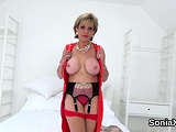 Unfaithful english mature lady sonia shows off her hu75AqN