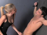Pungent Vanessa Vixon enjoys sex activities