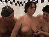 Granny Bathtime