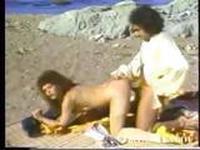 Kimberley Carson Ron Jeremy on the beach - YouTubePussy.com.
