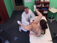 Gal made perv doctor to fuck her in hospital