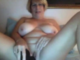 Mature in action so sexy