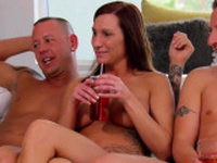 Swingers welcome new couples