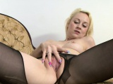 Crazy British masturbates in pantyhose